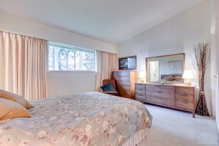 """Photo 11: 3321 DALEBRIGHT Drive in Burnaby: Government Road House for sale in """"GOVERNMENT RD AREA"""" (Burnaby North)  : MLS®# R2268285"""