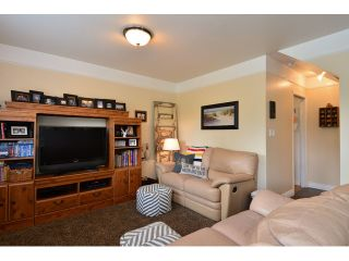 "Photo 12: 12355 NEW MCLELLAN Road in Surrey: Panorama Ridge House for sale in ""Panorama Ridge"" : MLS®# F1437155"