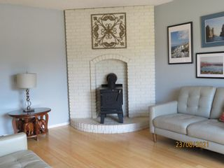 Photo 4: 357 Woodvale Crescent SW in Calgary: Woodlands Semi Detached for sale : MLS®# A1135631