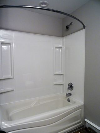 Photo 11: 157 King Drive in Prince George: Highland Park House for sale (PG City West (Zone 71))  : MLS®# R2116209