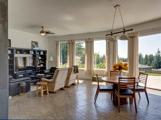 Photo 9: 5601 NICKERSON Road in Sechelt: Sechelt District House for sale (Sunshine Coast)  : MLS®# R2480858