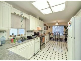Photo 10: 12062 201B ST in Maple Ridge: Northwest Maple Ridge House for sale : MLS®# V1040907