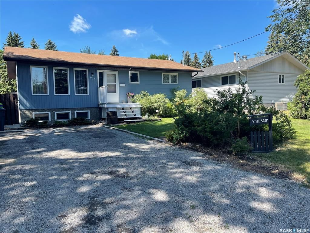 Main Photo: 912 Bell Street in Indian Head: Residential for sale : MLS®# SK863624