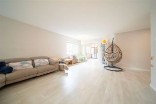 """Photo 8: 203 7368 ROYAL OAK Avenue in Burnaby: Metrotown Condo for sale in """"PARK PLACE II"""" (Burnaby South)  : MLS®# R2575977"""