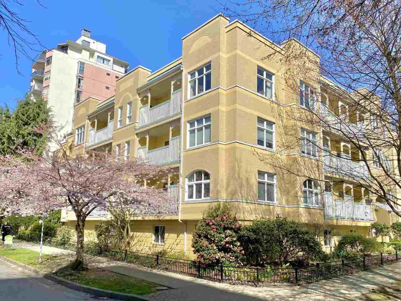 """Main Photo: 304 1125 GILFORD Street in Vancouver: West End VW Condo for sale in """"Gilford Court"""" (Vancouver West)  : MLS®# R2577976"""