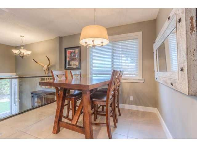Photo 9: Photos: 39 SHAWGLEN Place SW in CALGARY: Shawnessy Residential Detached Single Family for sale (Calgary)  : MLS®# C3633354