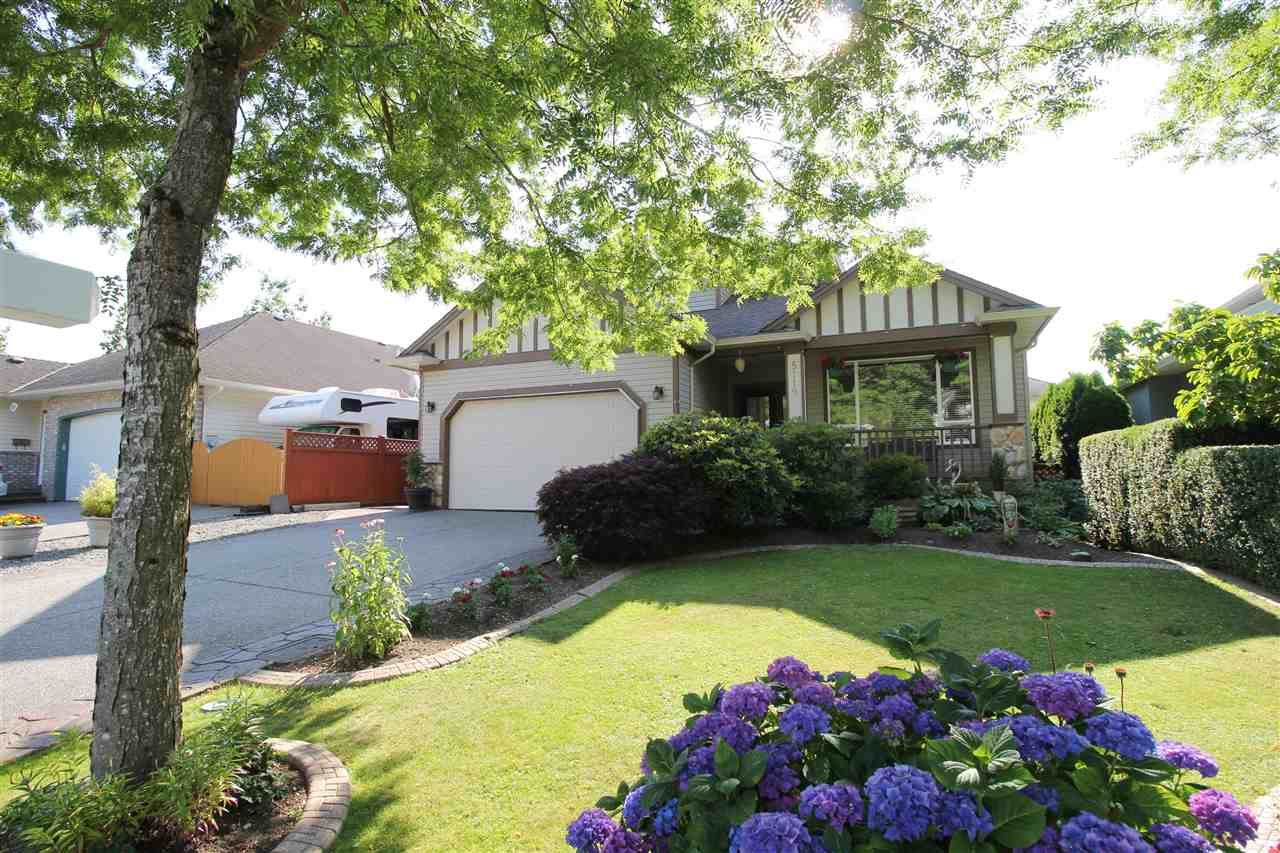 """Main Photo: 5119 223B Street in Langley: Murrayville House for sale in """"Hillcrest"""" : MLS®# R2389538"""