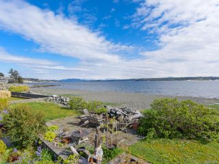 Photo 6: 2445 S Island Hwy in CAMPBELL RIVER: CR Willow Point House for sale (Campbell River)  : MLS®# 833297