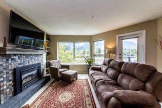 """Photo 4: 206 1468 PEMBERTON Avenue in Squamish: Downtown SQ Condo for sale in """"MARINA ESTATES"""" : MLS®# R2371646"""
