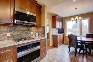 Photo 11: 731 45 Street SW in Calgary: Westgate Detached for sale : MLS®# A1092101