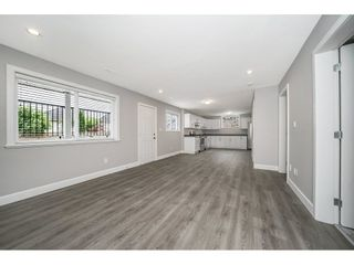 """Photo 13: 14927 35 Avenue in Surrey: Morgan Creek House for sale in """"Rosemary Heights"""" (South Surrey White Rock)  : MLS®# R2278185"""