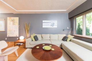 Photo 2: 2436 TURNER STREET in Vancouver: Renfrew VE House for sale (Vancouver East)  : MLS®# R2116043