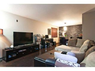 """Photo 2: 3258 E 17TH Avenue in Vancouver: Renfrew Heights House for sale in """"RENFREW HEIGHTS"""" (Vancouver East)  : MLS®# V921404"""