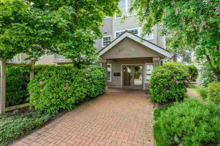 """Photo 2: 205 1369 GEORGE Street: White Rock Condo for sale in """"Cameo Terrace"""" (South Surrey White Rock)  : MLS®# R2458230"""