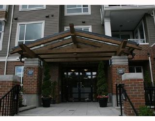 """Photo 2: 304 3551 FOSTER Avenue in Vancouver: Collingwood Vancouver East Condo for sale in """"FINALE"""" (Vancouver East)  : MLS®# V654747"""