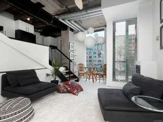 Photo 4: 311 1061 Fort St in : Vi Downtown Condo for sale (Victoria)  : MLS®# 866095