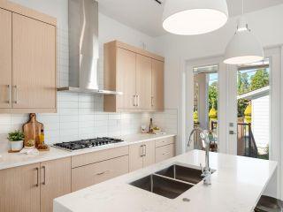 "Photo 9: 4805 ALBERT Street in Burnaby: Capitol Hill BN House for sale in ""Capitol Hill"" (Burnaby North)  : MLS®# R2311457"