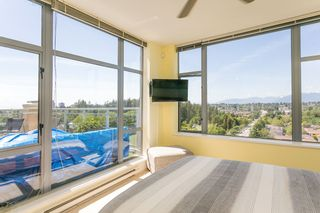 """Photo 11: 2305 280 ROSS Drive in New Westminster: Fraserview NW Condo for sale in """"THE CARLYLE"""" : MLS®# R2373905"""