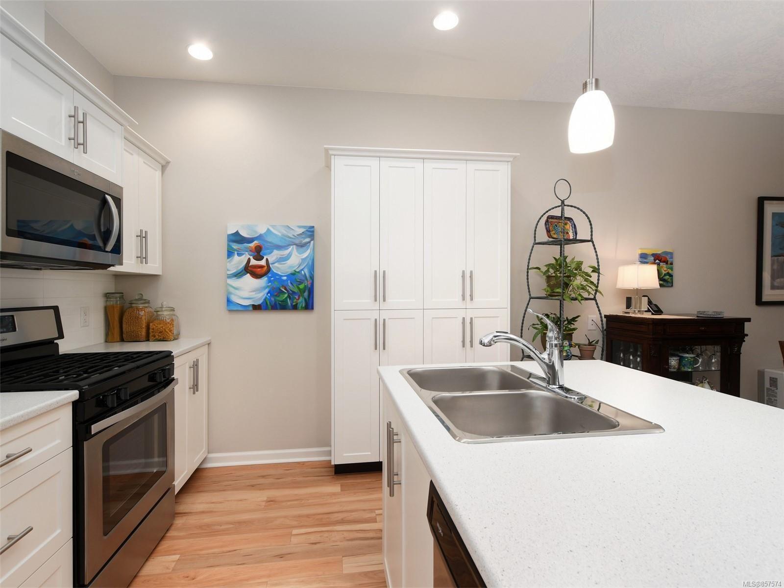 Photo 8: Photos: 6376 Shambrook Dr in : Sk Sunriver House for sale (Sooke)  : MLS®# 857574