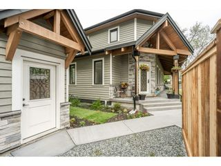 Photo 3: 1 23165 OLD YALE Road in Langley: Campbell Valley House for sale : MLS®# R2454342