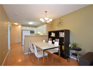 """Photo 3: 306 688 E 16TH Avenue in Vancouver: Fraser VE Condo for sale in """"VINTAGE EAST SIDE"""" (Vancouver East)  : MLS®# V950370"""