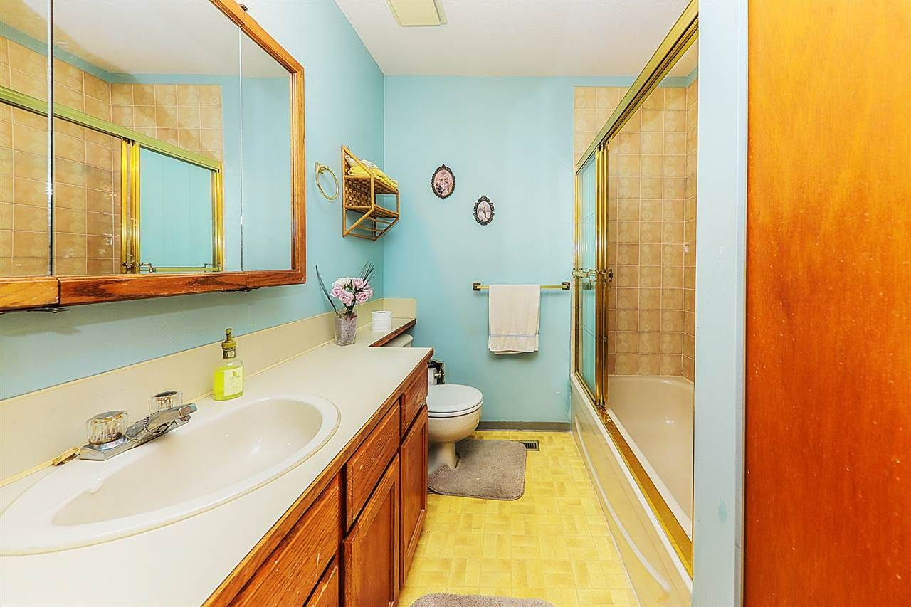 Photo 18: Photos: 11812 232 Street in Maple Ridge: Cottonwood MR 1/2 Duplex for sale : MLS®# R2317153