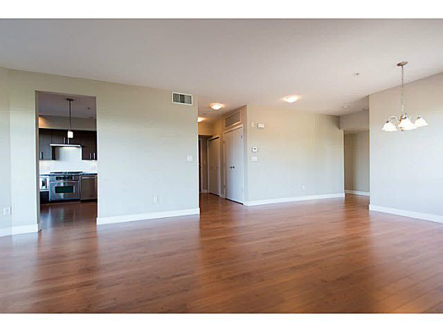 """Photo 13: Photos: 304 14300 RIVERPORT Way in Richmond: East Richmond Condo for sale in """"Waterstone Pier"""" : MLS®# V1098515"""
