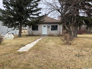 Photo 1: 205 2nd Avenue Northwest in Watson: Residential for sale : MLS®# SK831688