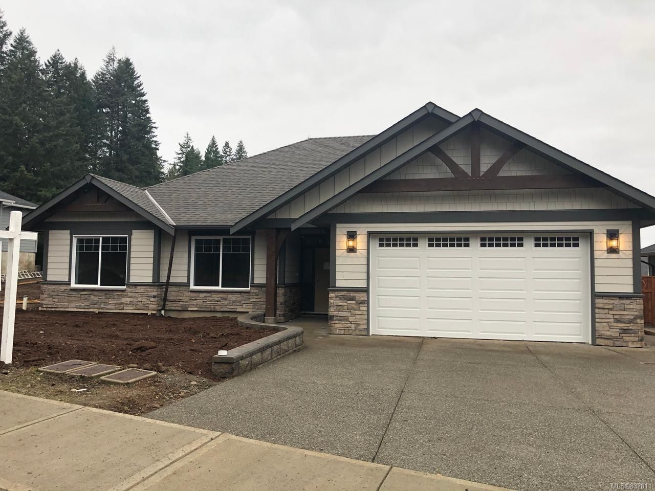 Main Photo: LT 2 2593 Brookfield Dr in COURTENAY: CV Courtenay City House for sale (Comox Valley)  : MLS®# 832811