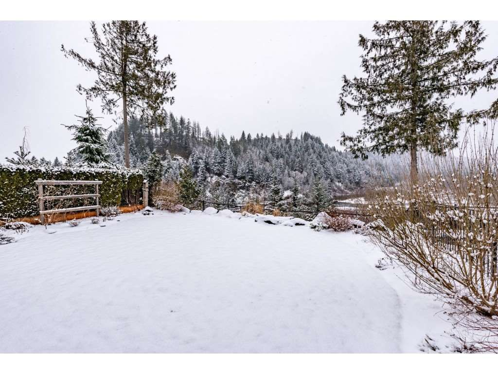 """Photo 39: Photos: 115 45473 ARIEL Place: Cultus Lake House for sale in """"Riverstone Heights"""" : MLS®# R2539139"""