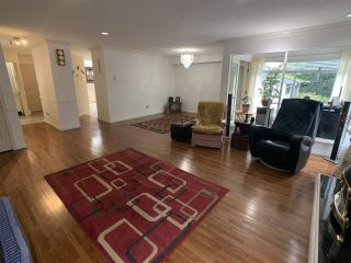 """Photo 9: 5 1552 EVERALL Street: White Rock Townhouse for sale in """"Everall Court"""" (South Surrey White Rock)  : MLS®# R2510712"""
