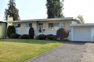 Photo 3: 46080 CAMROSE Avenue: House for sale in Chilliwack: MLS®# R2562668