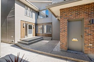 Photo 2: 35 68 Baycrest Place SW in Calgary: Bayview Semi Detached for sale : MLS®# A1150745