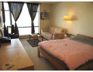 """Photo 5: 802 5933 COONEY Road in Richmond: Brighouse Condo for sale in """"JADE"""" : MLS®# V795964"""
