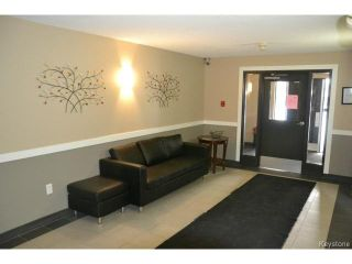 Photo 11: 9 Arden Avenue in WINNIPEG: St Vital Condominium for sale (South East Winnipeg)  : MLS®# 1401505