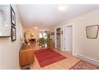 Photo 3: 9614 Epco Dr in SIDNEY: Si Sidney South-West House for sale (Sidney)  : MLS®# 754155