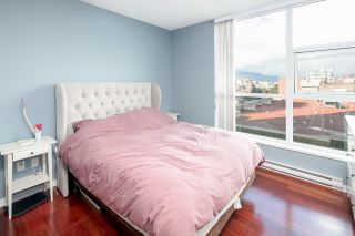 """Photo 14: 902 189 NATIONAL Avenue in Vancouver: Mount Pleasant VE Condo for sale in """"SUSSEX BY Bosa"""" (Vancouver East)  : MLS®# R2141629"""