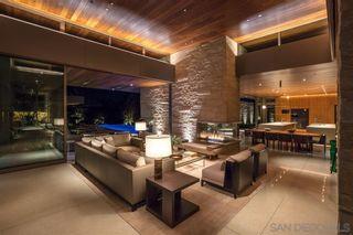 Photo 6: LA JOLLA House for sale : 6 bedrooms : 6251 La Jolla Scenic Dr So.