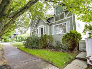 Photo 3: 1175 CYPRESS Street in Vancouver: Kitsilano House for sale (Vancouver West)  : MLS®# R2592260