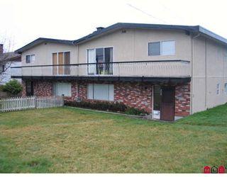 Photo 1: 7693 115TH Street in Delta: Scottsdale Duplex for sale (N. Delta)  : MLS®# F2807525