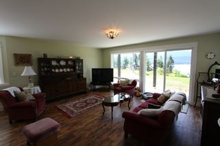 Photo 12: 7823 Squilax Anglemont Road in Anglemont: North Shuswap House for sale (Shuswap)  : MLS®# 10116503