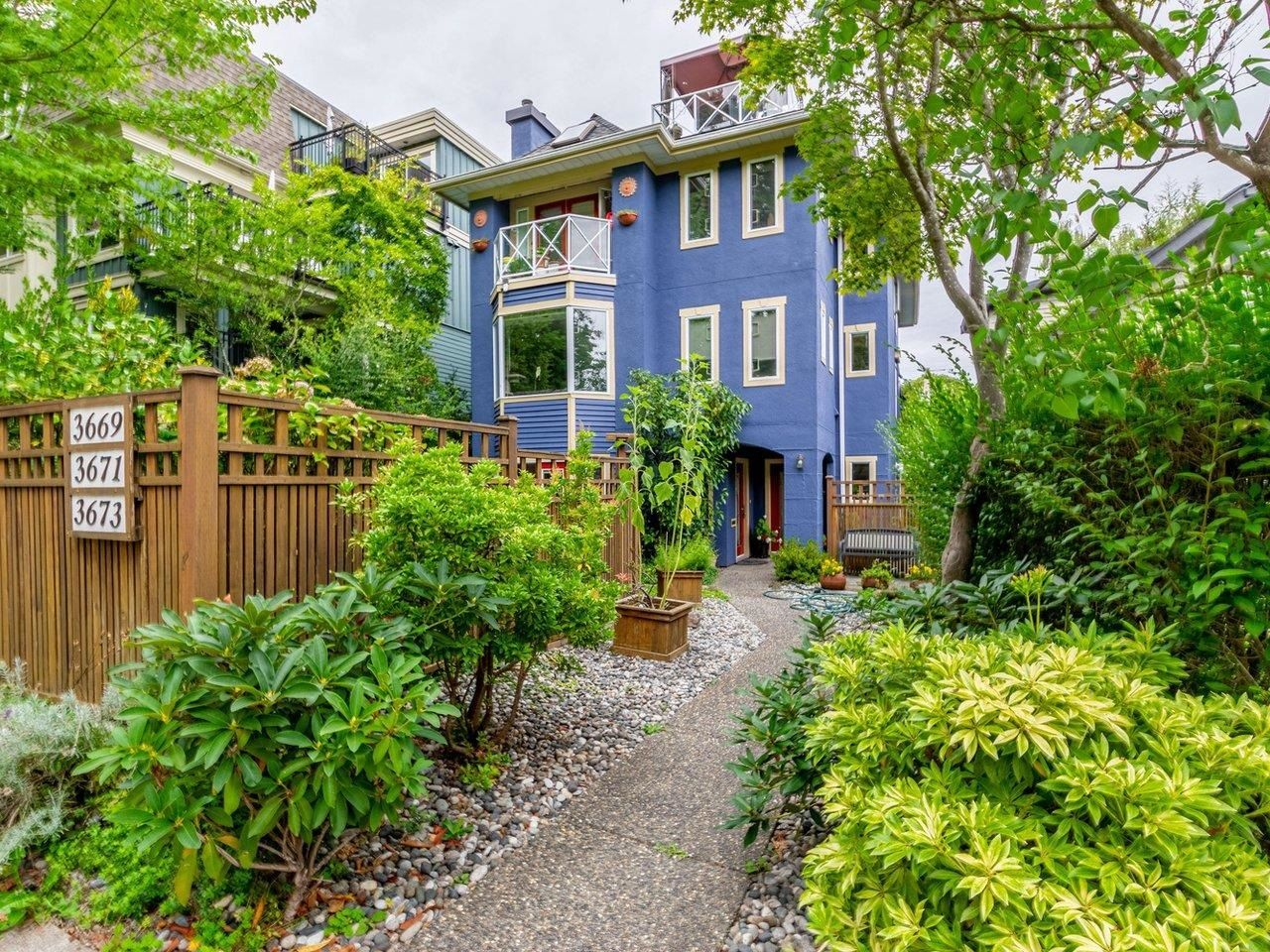Main Photo: 3669 W 12TH Avenue in Vancouver: Kitsilano Townhouse for sale (Vancouver West)  : MLS®# R2615868