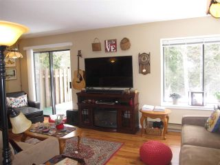 "Photo 3: 29 12227 SKILLEN Street in Maple Ridge: Northwest Maple Ridge Townhouse for sale in ""MCKINNEY CREEK ESTATE"" : MLS®# R2247691"