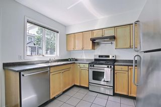 Photo 9: 272 Regal Park NE in Calgary: Renfrew Row/Townhouse for sale : MLS®# A1125307