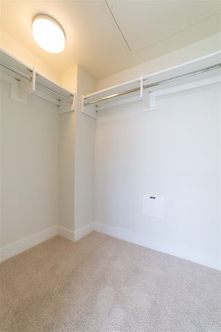 """Photo 10: 1801 258 NELSON'S Court in New Westminster: Sapperton Condo for sale in """"THE COLUMBIA"""" : MLS®# R2545064"""