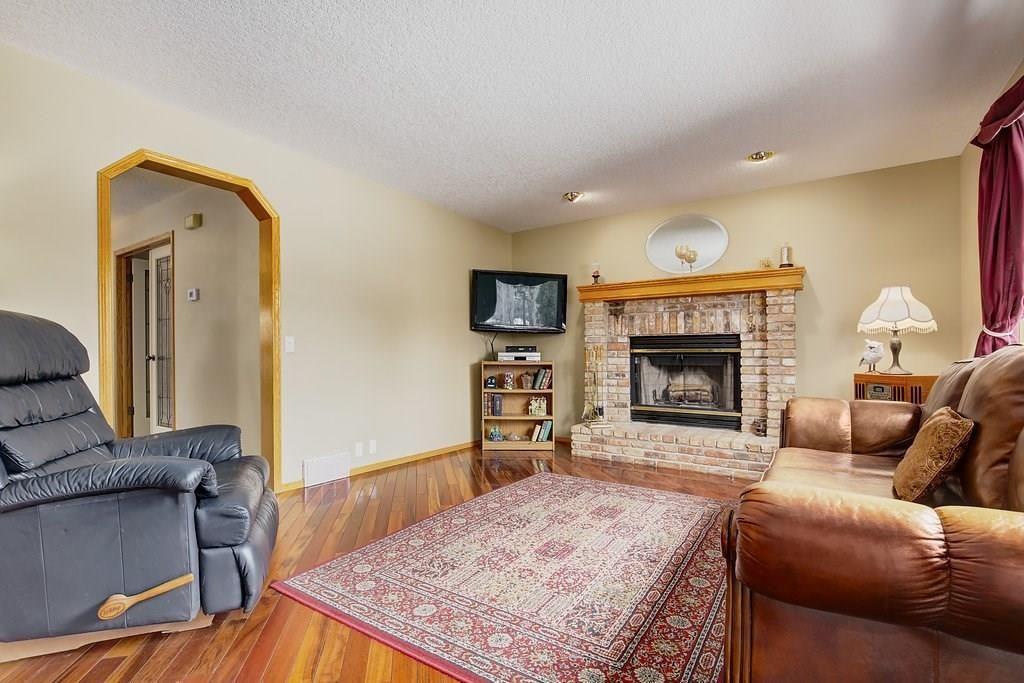 Photo 12: Photos: 309 MCKENZIE LAKE Bay SE in Calgary: McKenzie Lake House for sale : MLS®# C4171948