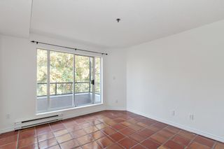 "Photo 10: 311 1988 MAPLE Street in Vancouver: Kitsilano Condo for sale in ""THE MAPLES"" (Vancouver West)  : MLS®# R2497159"
