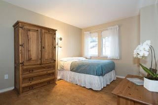 Photo 14: 1188 STRATHAVEN Drive in North Vancouver: Northlands Townhouse for sale : MLS®# R2215191