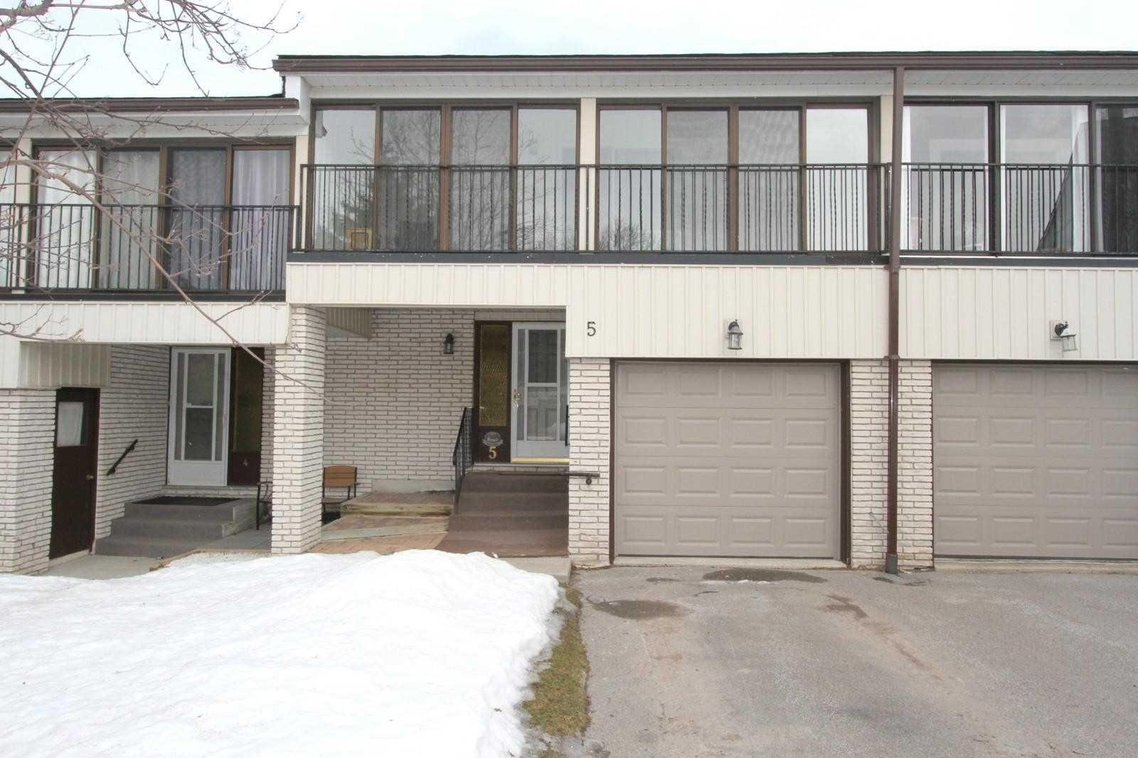 Main Photo: 5 433 May Street in Brock: Beaverton Condo for sale : MLS®# N5133384