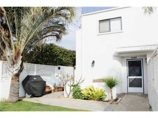 Photo 1: PACIFIC BEACH Townhouse for sale : 3 bedrooms : 4257 Gresham Street in San Diego